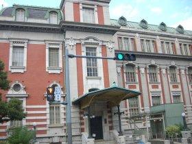 南側から大阪市中央公会堂を撮る